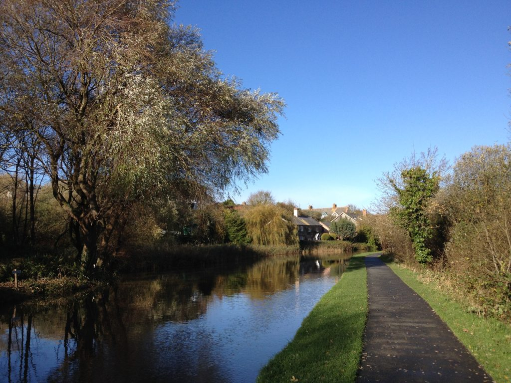 Bude Canal Cornwall stepping exercise walk