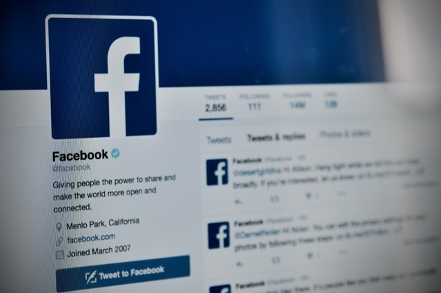 facebook social media compare